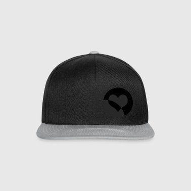 Black Heart - Snapback Cap