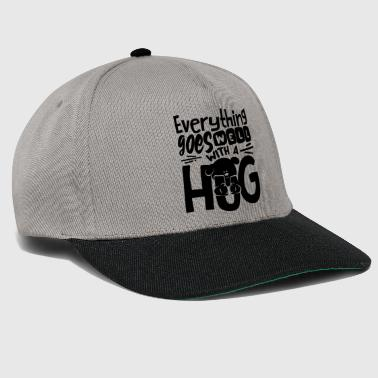 Everything goes well with a hug Hund Shirt - Snapback Cap