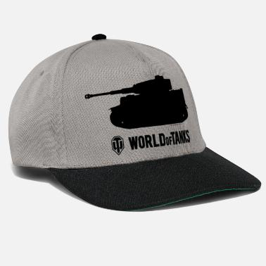 Officialbrands WOT Male Shirt - Snapback Cap