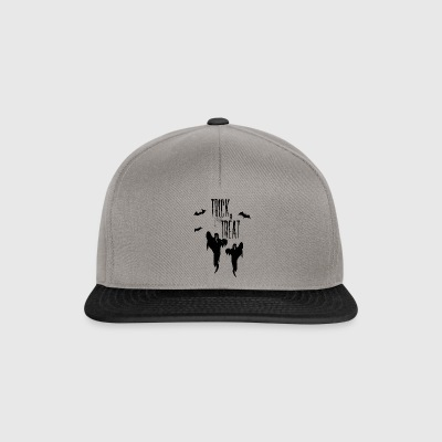 HALLOWEEN TRICK or TREAT ghosts sweet or sour - Snapback Cap