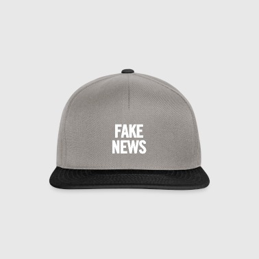 Fake News White - Snapback Cap