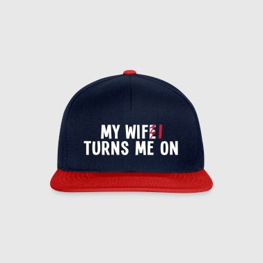 my wife turns me on 2c / my wifi turns me on - Casquette snapback