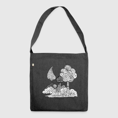 Elise The garden of Elise in black and white - Shoulder Bag made from recycled material