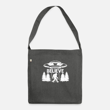 Big Bigfoot Ufo Sasquatch Big Foot Alien Gift - Shoulder Bag recycled