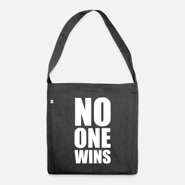 Man no one wins - Shoulder Bag recycled