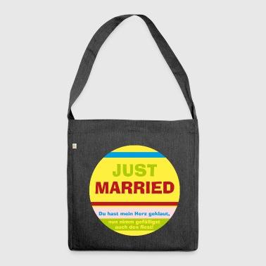 Just married - Schultertasche aus Recycling-Material