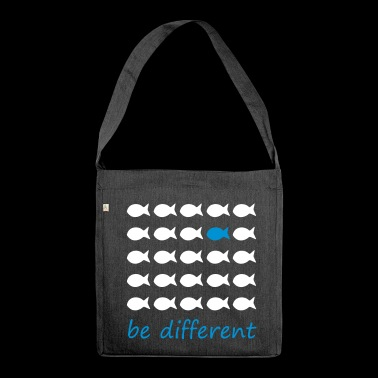 be different - Schultertasche aus Recycling-Material
