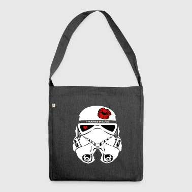 Stromtrooper in LOVE - Smiling Troopa - Schultertasche aus Recycling-Material