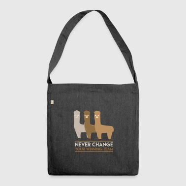 Alpaca Winning Team - Shoulder Bag made from recycled material