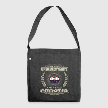 Never Underestimate Man CROATIA png - Shoulder Bag made from recycled material