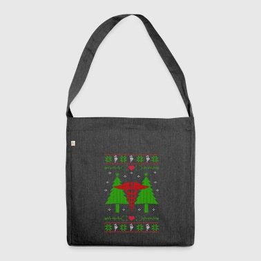 Nursing nurse Ugly Christmas - Shoulder Bag made from recycled material