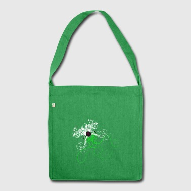 No. 1 - Schultertasche aus Recycling-Material