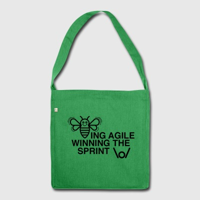 BEING AGILE WINNING THE SPRINT - Schultertasche aus Recycling-Material