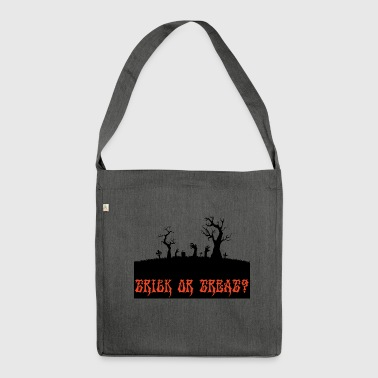 Halloween: Trick or Treat? - Schultertasche aus Recycling-Material