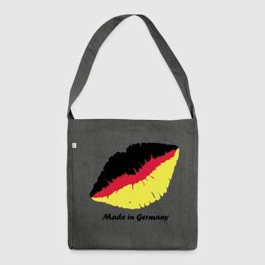 Made in Germany - Schultertasche aus Recycling-Material