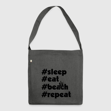 sleep eat beach repeat maenner xy - Schultertasche aus Recycling-Material