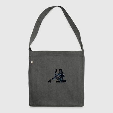 sexy Assassine - Schultertasche aus Recycling-Material