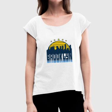Brooklyn New York NYC Borough Vintage Skyline Gift - Women's T-Shirt with rolled up sleeves