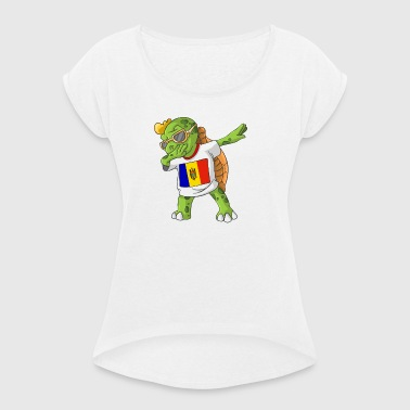 Moldova Dabbing turtle - Women's T-shirt with rolled up sleeves