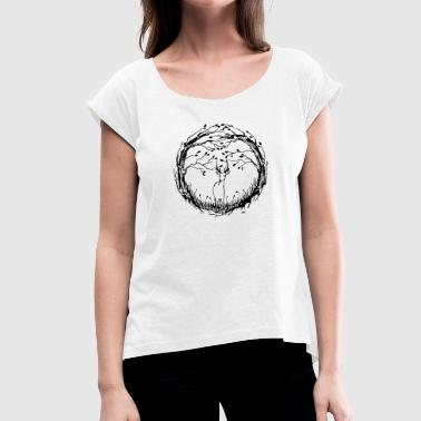 The forest - Women's T-shirt with rolled up sleeves
