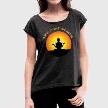 Lotus Position Yoga lotus position - Women's T-Shirt with rolled up sleeves