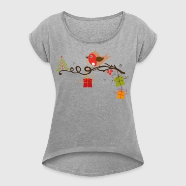 Christmas. Robin on a branch with tree and gifts. - Women's T-shirt with rolled up sleeves