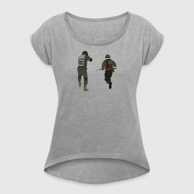 soldiers - Women's T-shirt with rolled up sleeves