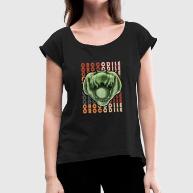 crocodile - Women's T-Shirt with rolled up sleeves