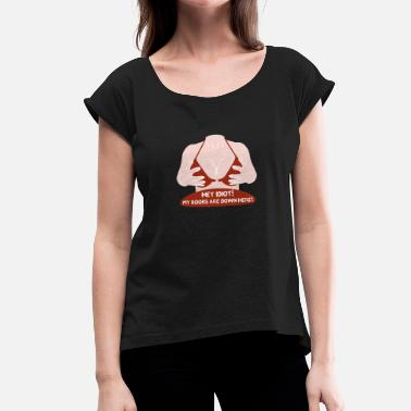 Naughty Naughty sexy woman in bikini - Women's T-Shirt with rolled up sleeves