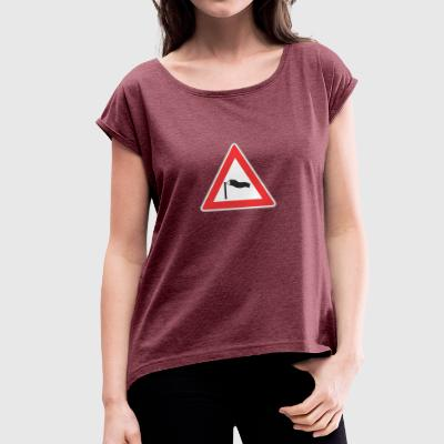 Road Sign windy triangle - Women's T-shirt with rolled up sleeves