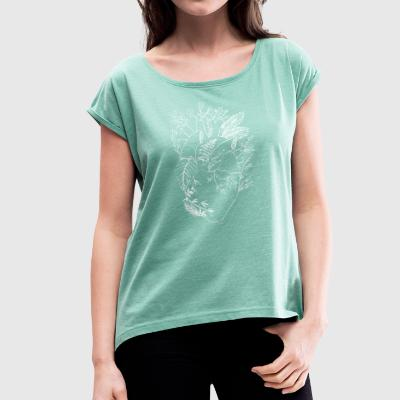Nature heart w - Women's T-shirt with rolled up sleeves