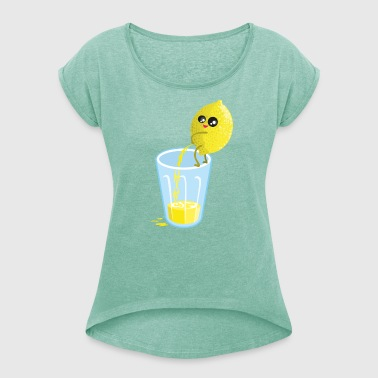 Lemon pees lemonade - Women's T-shirt with rolled up sleeves