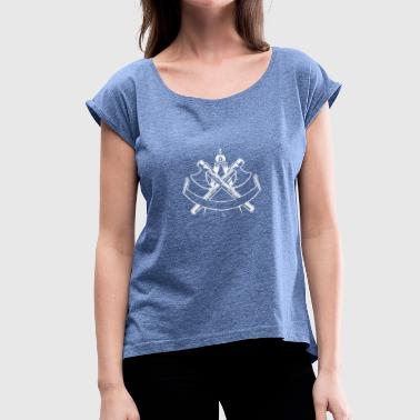 ROOMS Craftsman carpenter - Women's T-Shirt with rolled up sleeves