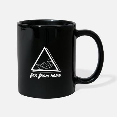 Triangle Paper boat on waves for travelers vacation sea - Mug
