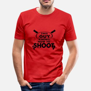 Shooter Weapon shooter shooter weapon expert gift - Men's Slim Fit T-Shirt