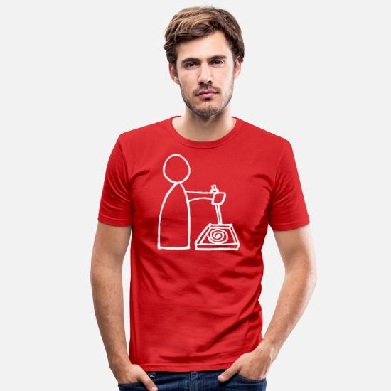 Sand T-Shirts - Male writing in the sand knows - Men's Slim Fit T-Shirt red
