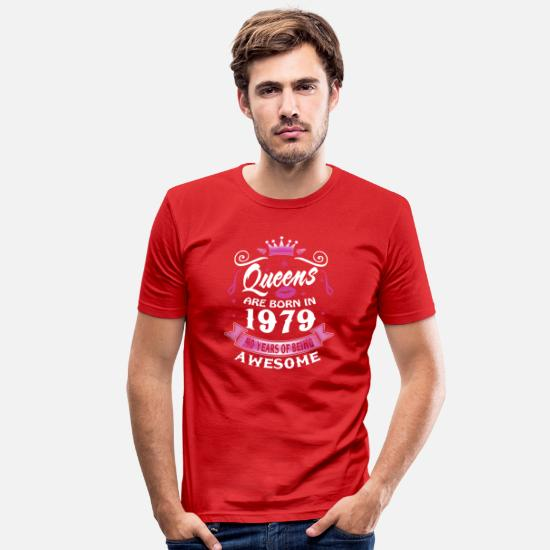40th Birthday T-Shirts - 40th birthday Queens 1979 40 Years Being Awesome - Men's Slim Fit T-Shirt red