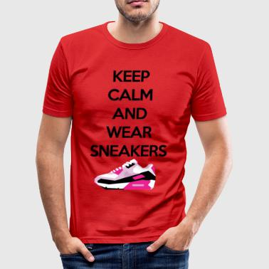 Bevar roen og slid sneakers - Herre Slim Fit T-Shirt