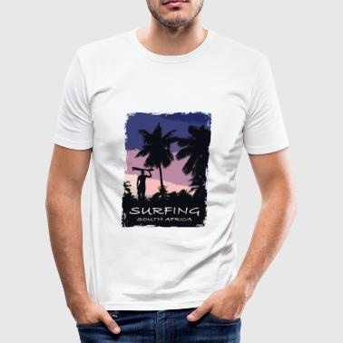 South Africa - Beach - Surfing - Surfer - Männer Slim Fit T-Shirt