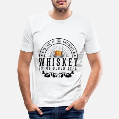 Whiskey T-shirt Whiskey Is My Bloodtype Alcohol Gift - Mannen slim fit T-shirt