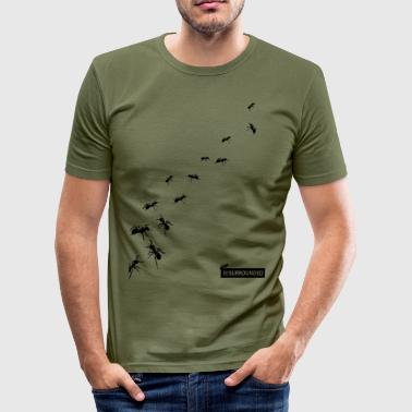 BESURROUNDED - slim fit T-shirt