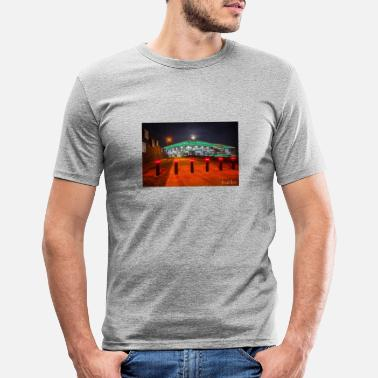 Arena Arena in Wolfsburg - Mannen slim fit T-shirt