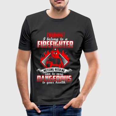 I belong to a firefighter - EN - Männer Slim Fit T-Shirt