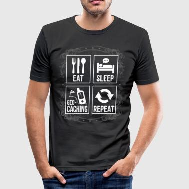 EAT SLEEP GÉOCACHING REPEAT - T-shirt près du corps Homme