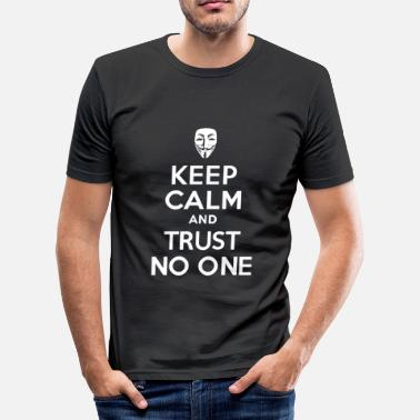 Identic Keep calm and Trust No One - Men's Slim Fit T-Shirt