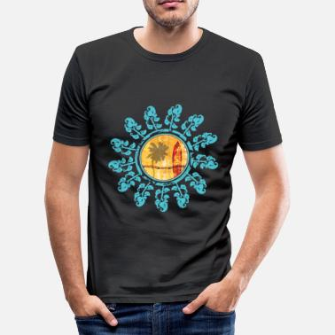 Tiki flower surf - Männer Slim Fit T-Shirt