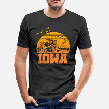 Trecker Bauer Iowa - Bauer Traktor Trecker - Männer Slim Fit T-Shirt