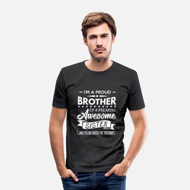Jul T-shirts - I'm a proud brother of a freaking awesome sister - T-shirt slim fit herr svart
