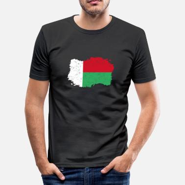Roots roots flag homeland country Madagascar png - Men's Slim Fit T-Shirt