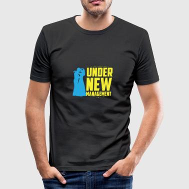 Under new management - Männer Slim Fit T-Shirt